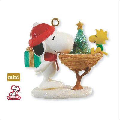 2009 Winter Fun With Snoopy 12th Miniature Hallmark