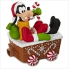 2016 Disney Christmas Express Train Goofy *Magic