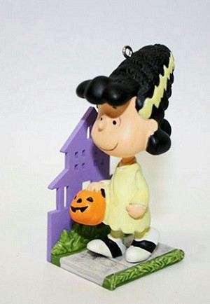 2011 Peanuts A Monstrous Pretty Bride Lucy *Halloween  (SDB)