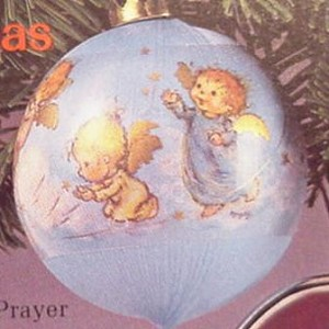 1984 A Christmas Prayer-Ball  Hallmark Keepsake Ornament 450QX246-1
