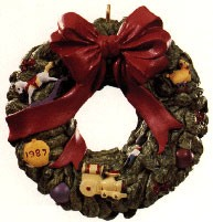 1987 Wreath Of Memories *Club (NB) Hallmark Keepsake Ornament club5809-2