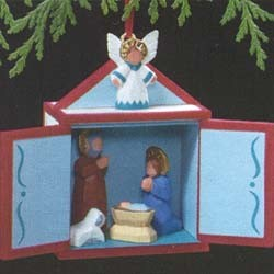 1989 Miniature Creche 5th (NB) Hallmark Keepsake Ornament 925QX459-2-2