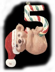 1990 Child's Age: Child's 5th Christmas Bear Hallmark Keepsake Ornament 675QX487-6