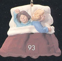 1993 Night Before Christmas 2nd Children In Bed *Miniature Hallmark Keepsake Ornament 450QXM511-5