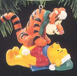 1994 Winnie The Pooh And Tigger Hallmark Keepsake Ornament 1295QX574-6