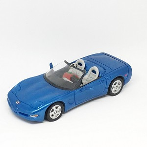 1998 Corvette Convertible 1998 Blue  Hallmark Keepsake Ornament 1395QX641-6