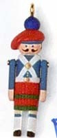 1998 Miniature Clothespin Soldier 4th *Miniature Hallmark Keepsake Ornament 495QXM419-3