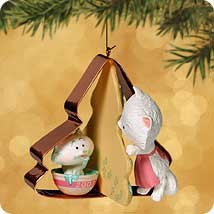 2002 Baking Memories   Hallmark Keepsake Ornament 1295QX695-6