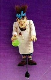 2004 Hugo The Handyman *Halloween  Hallmark Keepsake Ornament QF06044-2