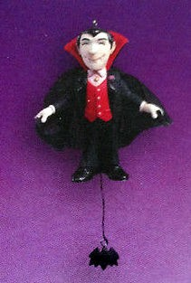 2004 The Master *Halloween Hallmark Keepsake Ornament QF06031