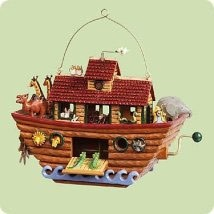 2004 Noah's Ark / Animals Move  Hallmark Keepsake Ornament 1695QXG5371