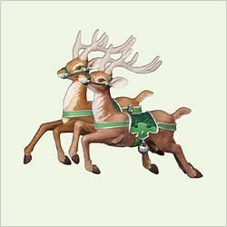 2005 Santa's Midnight Ride...Two For The Skies Reindeer  Hallmark Keepsake Ornament 1495QP175-5