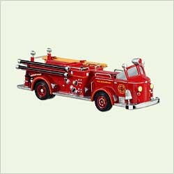 2005 Miniature Fire Brigade 2nd American La France *Miniature  Hallmark Keepsake Ornament 995QXM2062