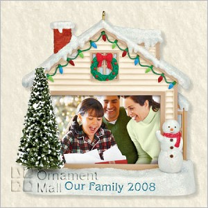 2008 Our Family Photo Holder Hallmark Keepsake Ornament QXG6134