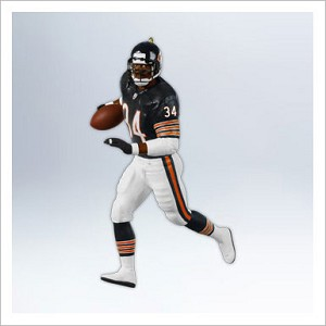 2012 Football Legends Complement Walter Payton Hallmark Keepsake Ornament QXI2194