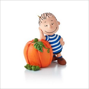 2013 Peanuts Monthly Series 3rd Linus Waiting for the Great Pumpkin Hallmark Keepsake Ornament QX9812