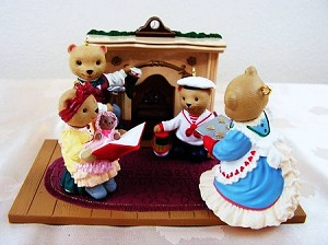 1993 The Bearingers-Set With Fireplace 5 pieces SDB Hallmark Keepsake Ornament XPR9700