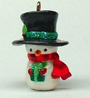 2003 Snow Cozy 2nd Colorway *Miniature Hallmark Keepsake Ornament QXM4917C