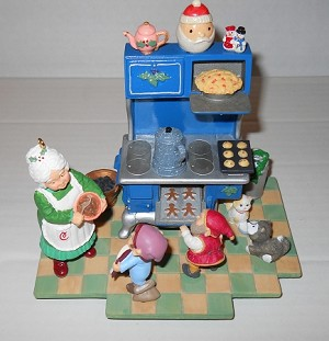 1995 Christmas Eve Bake-Off * Club Event Display One Signature Patricia Andrews Hallmark Keepsake Ornament QXC4049-4-2