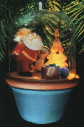 1986 Santa and Sparky 1st Lighting the Tree *Magic Hallmark Keepsake Ornament QLX7033