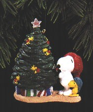1993 Peanuts 3rd *Magic (SDB) Hallmark Keepsake Ornament QLX7155