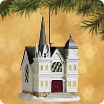 2002 Candlelight Services 5th Country Church *Magic Hallmark Keepsake Ornament QLX7653