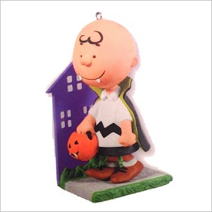 2011 Peanuts Gang A Little Bit of Fright Hallmark Keepsake Ornament QXO5219-2