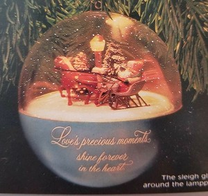 1986 Christmas Sleigh Ride *Magic (VSDB) Hallmark Keepsake Ornament QLX7012