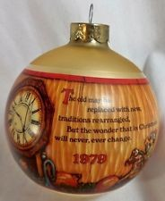 1979 Christmas Traditions-Ball   Hallmark Keepsake Ornament 350QX253-9