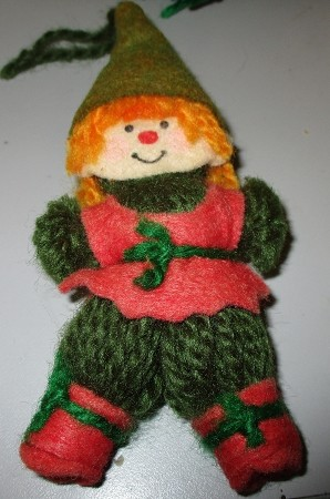 1974 Yarn Elf Hallmark Keepsake Ornament 150QX101-1